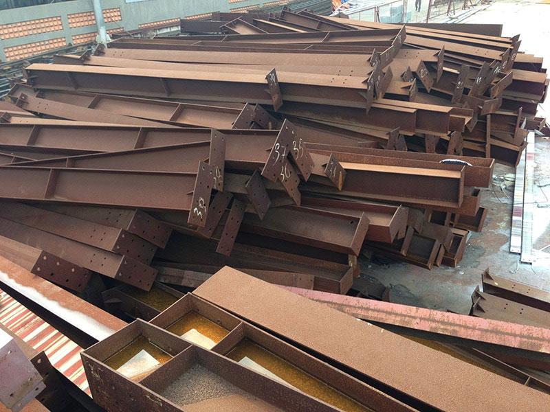 Giá phế liệu sắt bao nhiêu tiền 1kg?